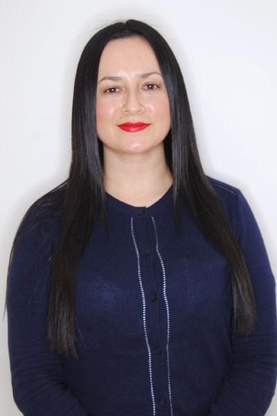 Hair Stylist Evelyn